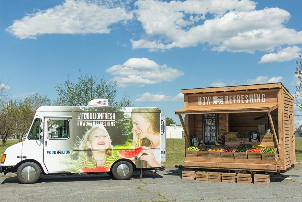 food-lion-truck-and-farm-stand